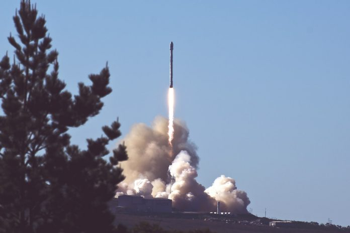 Rocket Launch, SpaceX Stock, Finance, Investment